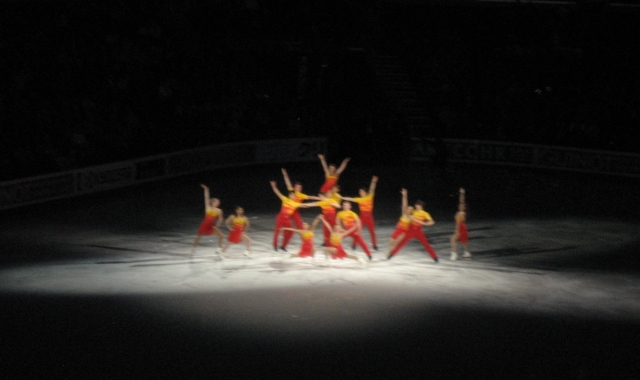 group_skate_at_worlds